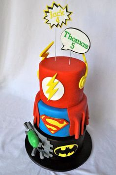 Super hero cake, Superman, Hulk, Flash, Batman.