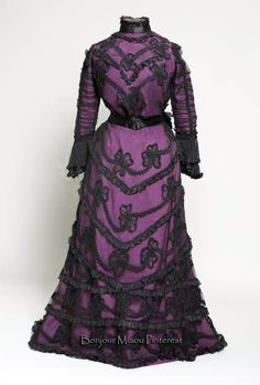 Afternoon dress, Straub-Pujade, Nice, ca. 1900–01. Purple silk taffeta, black tulle with applications, black voile. Museum of Arts & Crafts, Zagreb