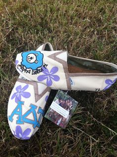ADPi Toms! What a fun idea. Recently someone told me they decorate their own Toms... I had never thought about it. I like the idea!