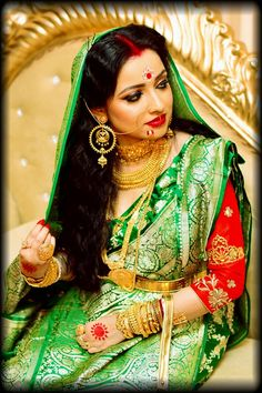 Indian Bridal Photos, Indian Wedding Gowns, Bengali Wedding, Bengali Bride, Wedding Bride, Hd Bridal Makeup, Bengali Bridal Makeup, Wedding Makeup, Bengali Jewellery