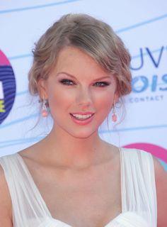 #TaylorSwift #AskaTicket