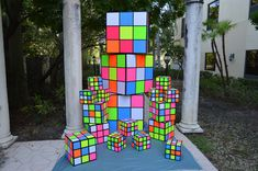 Rubik's Cubes for vs themed glow party. 90s Decorations, Balloon Decorations, Balloon Glow, Balloons, Balloon Painting, Balloon Delivery, Mac Lipsticks, Glow Party, Face Art