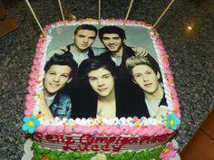 One Direction cake 1D cake directioner birthday Harry Styles Louis Tomlinson Niall Horan Zayn Malik Liam Payne