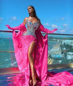 Hot Pink Dresses, Glam Dresses, Event Dresses, Cute Dresses, Fashion Dresses, Elegant Dresses For Women, Stunning Dresses, Beautiful Gowns, Estilo Fashion