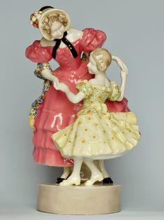 Ceramic Figure designed by RUDOLF - Manufacture : GOLDSCHEIDER Vienna Goldscheider, Art Nouveau, Art Deco, Ceramic Figures, Vienna, Sculptures, Ceramics, Christmas Ornaments, Holiday Decor