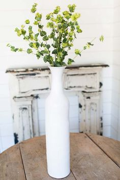 Product Spotlight: White Standing Vase