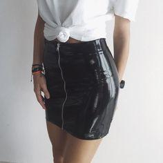 Gummy Skirt - ÖH MY Collection @ohmycroptop Vinyl Skirt, Leather Skirt, Mini Skirts, Collection, Fashion, Short Skirts, Zippers, Black, Moda