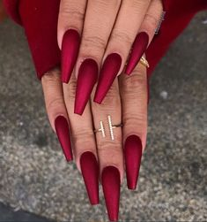Coffin Nails Matte, Red Acrylic Nails, Acrylic Nail Designs, Nail Art Designs, Nails Design, Acrylic Art, Red Glitter Nails, Red Chrome Nails, Gold Stiletto Nails