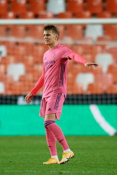 Odegaard Real Madrid Photos and Premium High Res Pictures