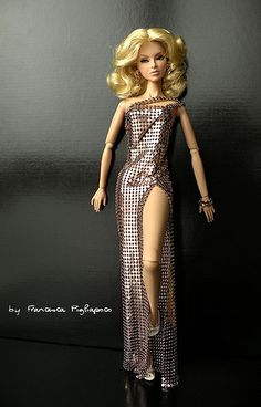 dolls gowns barbies  ...Red Carpet ........ / ............12/32/3 qw