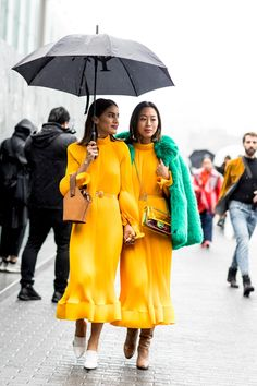 Yellow dresses, street style fashion bloggers, Aimee Song in yellow dress, green faux fur jacket