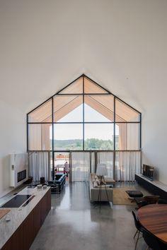 Filipe Saraiva Arquitectos, João Morgado · House in Ourém