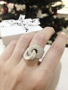 Diamond dress ring by Kalfin Jewellery #diamonddressrings #custommaderings #diamondrings #diamondringsmelbourne #engagementringsmelbourne #custommade #handcrafted #jewellers #Melbourne #cbdjeweller #jewelleryrepairs #diamondhalorings #cityjewellers #Christmas #giftidea #gemstone #weddingrings #gentsring #fashionbloggers #fashionista #design #love #couture #luxury www.kalfin.com.au