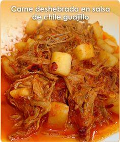 CARNE DESHEBRADA EN SALSA DE CHILE GUAJILLO