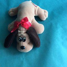 Vintage mini Pound Puppy 1980s