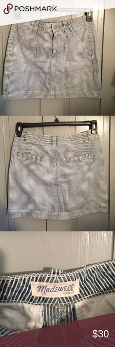 Madewell striped denim miniskirt Great skirt, goes with anything and perfect for the hot weather! Madewell Skirts Mini