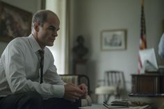 Pin for Later: Here's What You Forgot About House of Cards Season 2 Doug Stamper