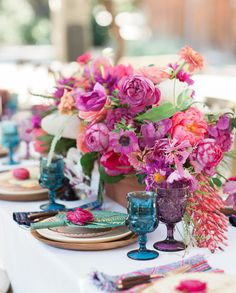 Photos + Hosting: Carlie Statsky | Design + Flowers: Christine Cater | Design + Styling: Beijos Events | Design + Hosting: Engaged and Inspired | Rentals: Borrowed Blu & Chic Event Rentals | Linens: La Tavola Linen