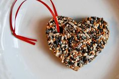 Last minute bird feeder valentines. Birds need food, too right? :) go ahead and snicker: Last Minute Love Homemade Bird Feeders, Last Minute, Sprinkles, Valentines Day, Crafts For Kids, Candy, Love, Birds, Fun Things