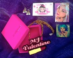 Want custom made, laser cut, kawaii-ified jewellery? Look no further than the amazing Di Depux!