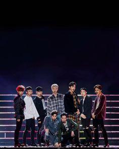 dreaming : Photo to boyfriend Kpop Exo, Exo Ot12, Chanbaek, K Pop, Tao, Exo Group Photo, Exo Album, Chanyeol Baekhyun, Exo Lockscreen