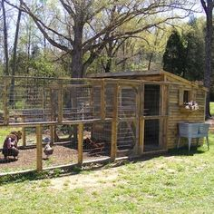 Pallet Palace This large chicken coop was built using the boards from discarded and deconstructed shipping pallets. Since pallets can so often be found for free, you would not need to spend a fortune to build a setup like this one. Chick Magnets: 10 Irresistible DIY Chicken Coops