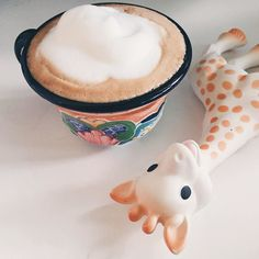 Even better than a good hair day - a good cappuccino foam day! #BreakfastWithSophie // @breakfastwithsophie