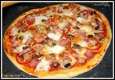 PIZZA ESTILO TELEPIZZA   Hoy vamos a preparar una pizza con una masa nueva. Todos conocéis mi pasión por las pizzas y hace tiempo que inten...