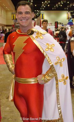#Cosplay #Shazam: Captain Marvel; the incredibly talented (and beautiful) Jay Tallsquall
