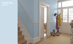 Koel, tijdloos en elegant, zo kun je Flexa Creations kleur Frosted Sky ook wel omschrijven