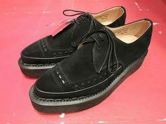Fashion Shoes, Men's Fashion, 1950s Fashion, Creepers, Boat Shoes, Robot, Shoe Boots, London, Pink