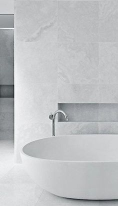 6 Staggering Tricks: Minimalist Home Ideas Architecture minimalist interior white monochrome.Minimalist Decor Bedroom Black White minimalist home architecture minimalism. Bathroom Renos, Bathroom Interior, Small Bathroom, Master Bathroom, Bathroom Ideas, Bathroom Faucets, Teenage Bathroom, Cozy Bathroom, Master Master