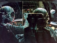 Zdjęcie użytkownika The Vault of the Atomic Space Age. Sci Fi Kunst, Science Fiction Kunst, Future Weapons, Motorcycle Art, Retro Futurism, Sci Fi Art, Vintage Colors, Comic Books Art, Cyberpunk