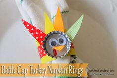 Make Upcycled Turkey Napkin Rings to complete any kids table #thanksgiving #craft #lastminute