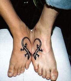 Photo extraite de 16 couples qui ont préféré des tatouages complémentaires plutôt qu'une alliance (16 photos)