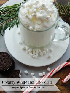 Christmas isn't the same without hot chocolate. I have tried many hot chocolate recipes, and this Creamy White Hot Chocolate beats them all! It is super easy to make! I love to dunk candy cane Oreo cookies into it. Seriously, y Chocolate Triffle Recipe, Chocolate Smoothie Recipes, Hot Chocolate Recipes, Chocolate Shakeology, Ic Recipes, Cocoa Recipes, Holiday Recipes, Vegan Recipes, Dessert Recipes