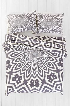 Lisa Argyropoulos for DENY Helena Duvet Cover - Urban Outfitters