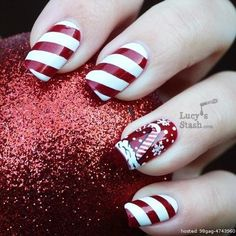 Celebrate the holiday season this month with these incredible, yet simple, awesome holiday nail art designs! Why pay for a manicure when you can do these yourself!? | From 98gag