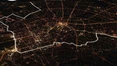 Lichtgrenze, 8,000 illuminated balloons to recreate the Berlin Wall.