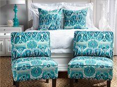 gray-white-turquoise-blue-bedroom-modern-chic-ikat-pillow-chair2.jpg 610×452 pixels