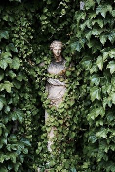 Statues Decor Sculpture - Marble Statues Female - Statues Drawing - Stone Statues Minecraft - Dragon Statues For Sale - Slytherin Aesthetic, Garden Art, Garden Ideas, Garden Painting, Aesthetic Wallpapers, Photos, Pictures, Scenery, Organic Gardening