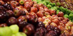 """Greenpeace a publié """"Pommes empoisonnées"""" un rapport sur la contamination des…"""