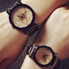 Das Mulheres dos homens Amante Bússola Mãos de Aço Inoxidável relógio Banda Quartzo Analógico Relógio de Pulso 6V74