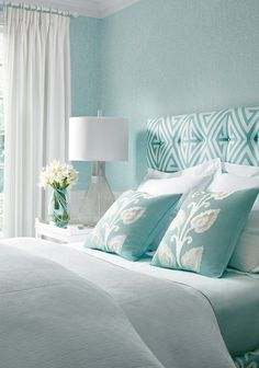 Thibaut (House of Turquoise) Thibaut. Loving the sere. - Thibaut (House of Turquoise) Thibaut. Loving the serene feeling This - Home Decor Bedroom, Room Colors, Beach House Colors, Bedroom Design, Beach House Interior, Woman Bedroom, Coastal Bedrooms, Home Decor, Bedroom Colors