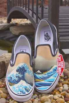 02a69f54fae3 Custom Vans Brand Great Wave Shoes