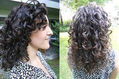 """J'entends souvent dire : """" Mes cheveux bouclés sont moches !"""". J'ai appris à aimer mes cheveux naturels et à soigner mes cheveux bouclés. Voici la recette!"""