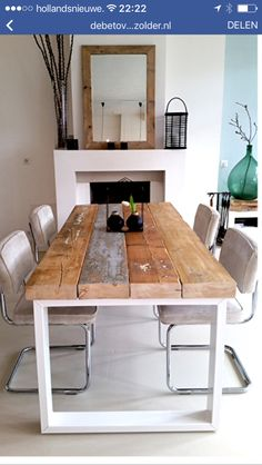 Love this cheap easy idea for a table. Scaffold boards and a metal frame maybe recycled from an old table? Home And Deco, Dining Room Table, Home And Living, Diy Furniture, Sweet Home, New Homes, House Design, Interior Design, House Styles