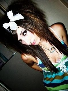 Emo Hairstyles For Long hair - Girls emo hairstyle ideas  Awesome!
