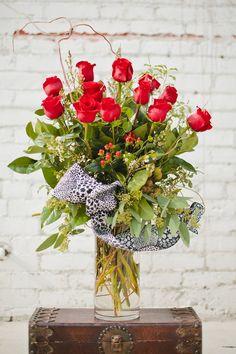 Tall dozen red roses glendoraflorist