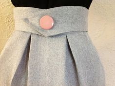 Vintage 80's GREY pleated PENCIL SKIRT